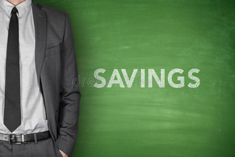 Einsparungenstext auf Tafel stockfoto