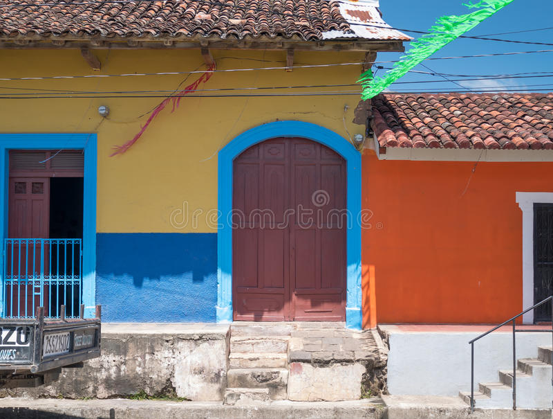 Einstiegstür in Granada lizenzfreie stockfotografie