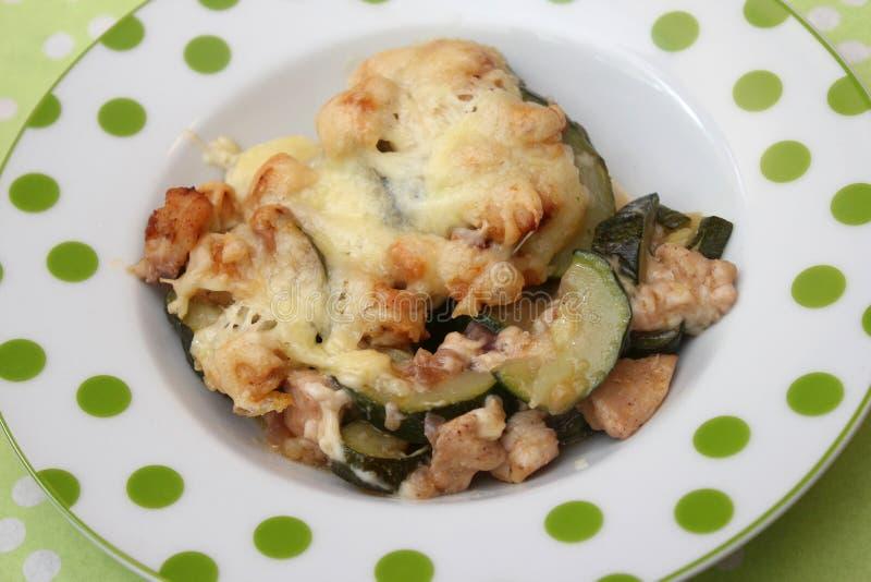 Download Eintopfgericht Der Zucchini Stockbild - Bild von imbiß, buffet: 90227721