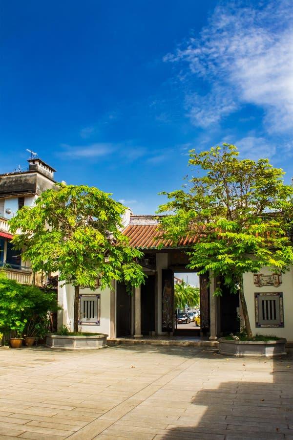 Eintritt des Han Jiang Ancestral Temple, Tempel Georgetown in Penang, Malaysia lizenzfreie stockbilder