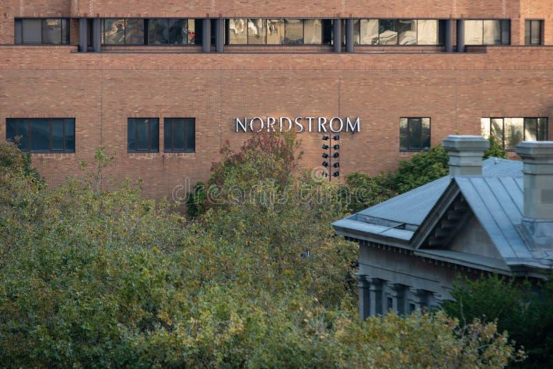 Einzelhandelsgeschäft Nordstrom-Backsteinbau stockfoto