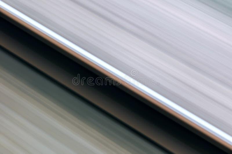Einzelne Schiene im Bewegungsgeschwindigkeitskonzept-Eisenbahntransport lizenzfreie stockbilder