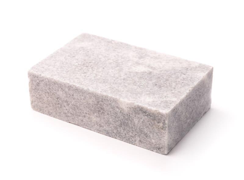 Einzelner unpolierter Marmorblock stockfoto