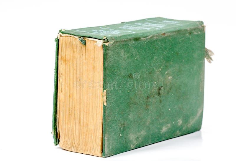 Einzelnes altes Grünbuch des festen Einbands lokalisiert über Weiß lizenzfreie stockbilder