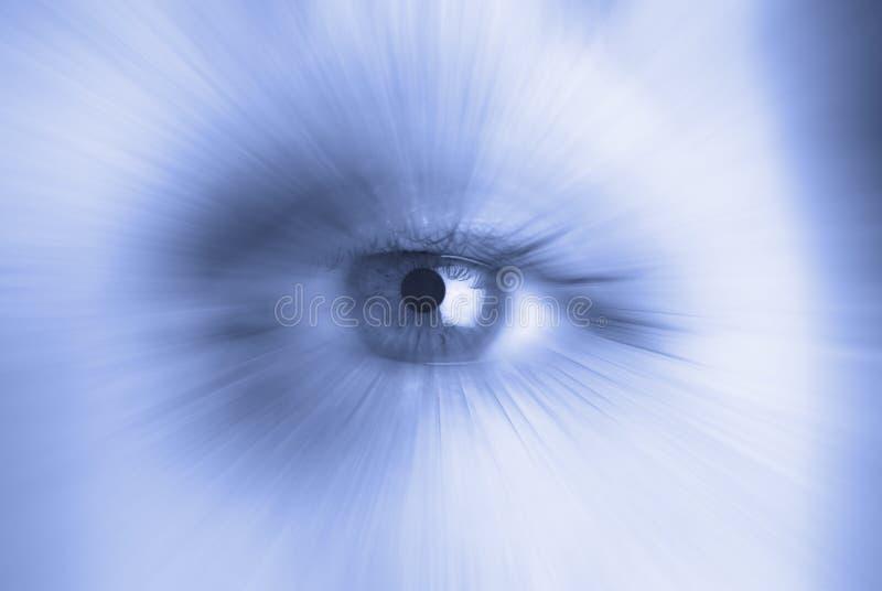 Einzelnes menschliches Auge stockfotos