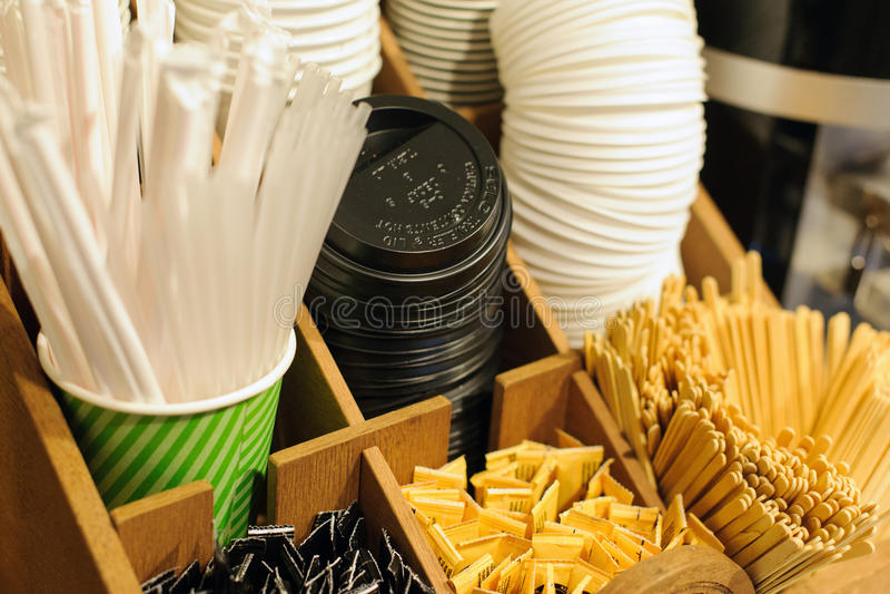Einzelteile für die Herstellung des Kaffees lizenzfreie stockfotos