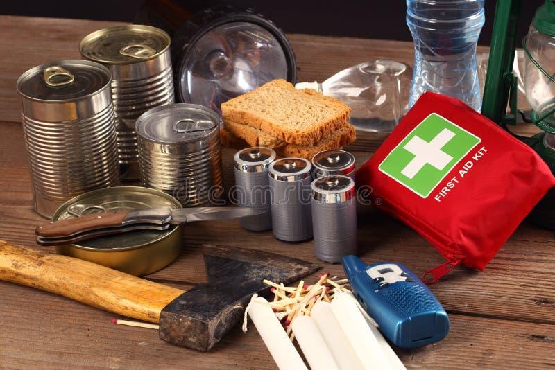 Einzelteile für Notfall lizenzfreie stockfotos