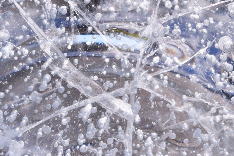 Eis mit Luftblasen lizenzfreies stockbild
