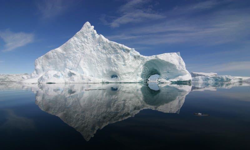Eisberg-Reflexion stockfoto