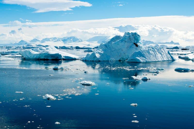 Eisberglandschaft Stockbilder