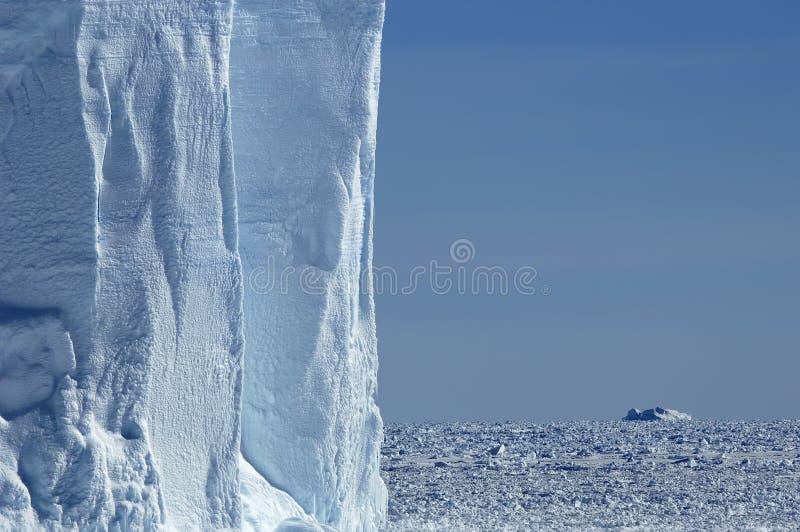 Eisbergwand lizenzfreie stockfotografie
