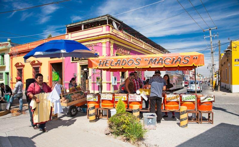 Eiscremegeschäft in Cholula, Mexiko stockfoto