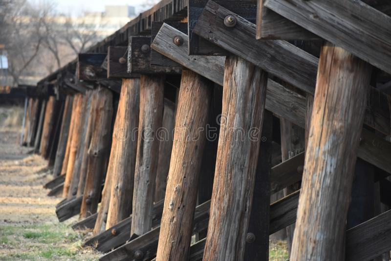 Eisenbahn-Brücke nahe im Stadtzentrum gelegenes Fort Worth Texas stockfotografie