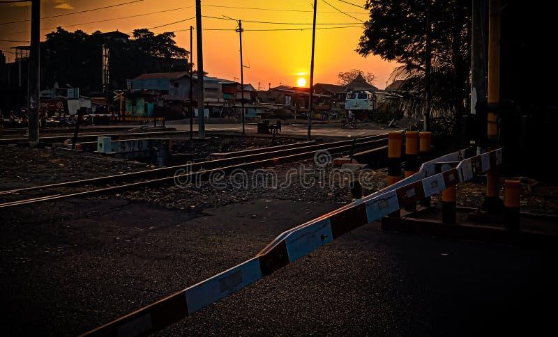 Eisenbahn am Morgen stockbild