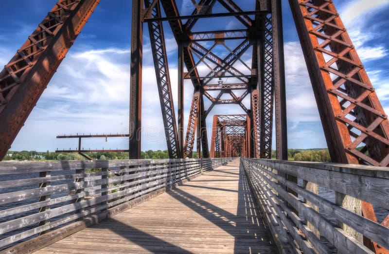 Eisenbahnbrücke New-Brunswick stockbilder