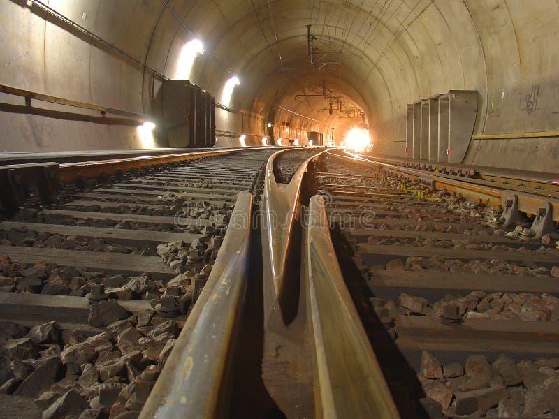 Eisenbahntunnel lizenzfreies stockbild