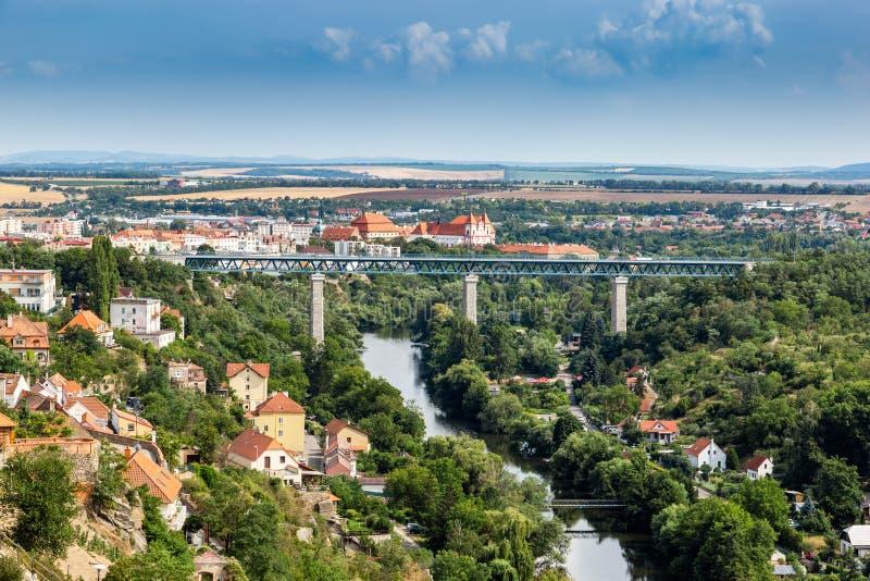 Eisenbrücke über Dyje-Fluss in Znojmo - Tschechische Republik lizenzfreies stockbild