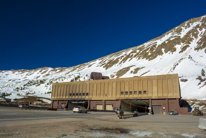 Eisenhower Johnson Interstate 70 túneles bajo paso de Loveland en Colorado imagen de archivo libre de regalías