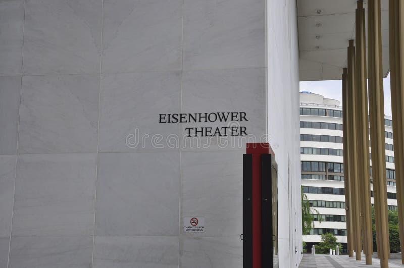 Eisenhower-Theater-Schild in Kennedy Center Memorial von Washington District von Kolumbien USA lizenzfreie stockbilder