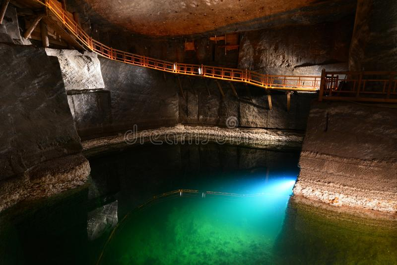 Eishöhle in Koungur Baracz-Kammer Wieliczka Salzbergwerk polen lizenzfreie stockfotos