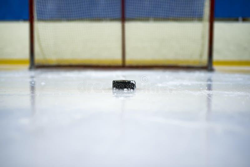 Eishockey, Hockey-Puck lizenzfreies stockfoto