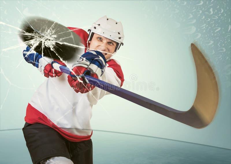 Eishockey-puck schlug die entgegengesetzte Maske stockfotos