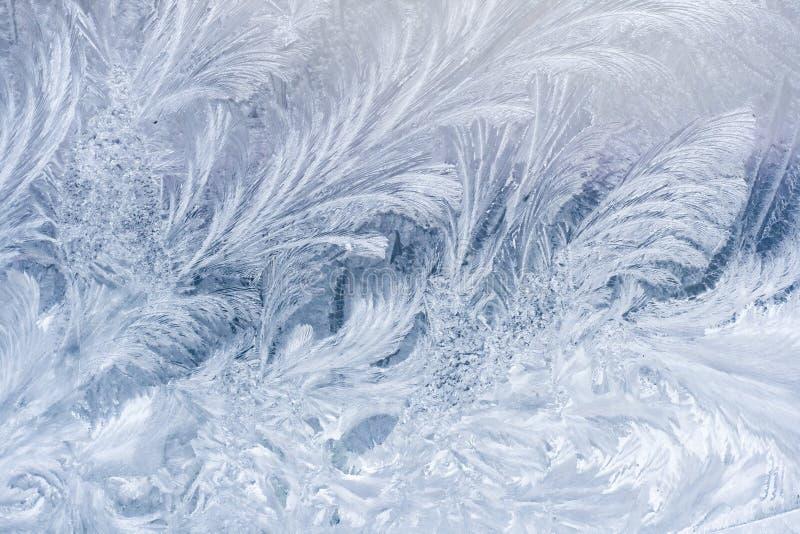 Eisiges Muster auf Fenster lizenzfreies stockfoto