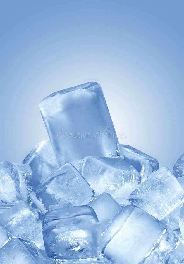 Download Eiswürfel stockbild. Bild von einfrieren, blau, frost - 12202065