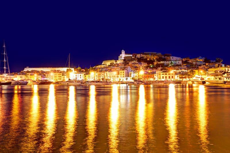 Eivissa Ibiza stad de stad in bij zonsondergang in Balearic stock foto's