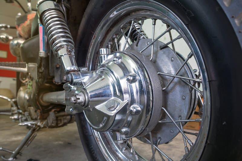 Eixo da movimentação traseiro da roda da motocicleta fotos de stock royalty free