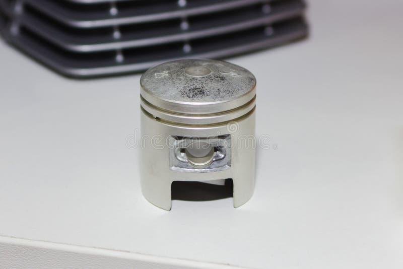 Eixo de manivela do único motor do cilindro com pistão imagens de stock royalty free