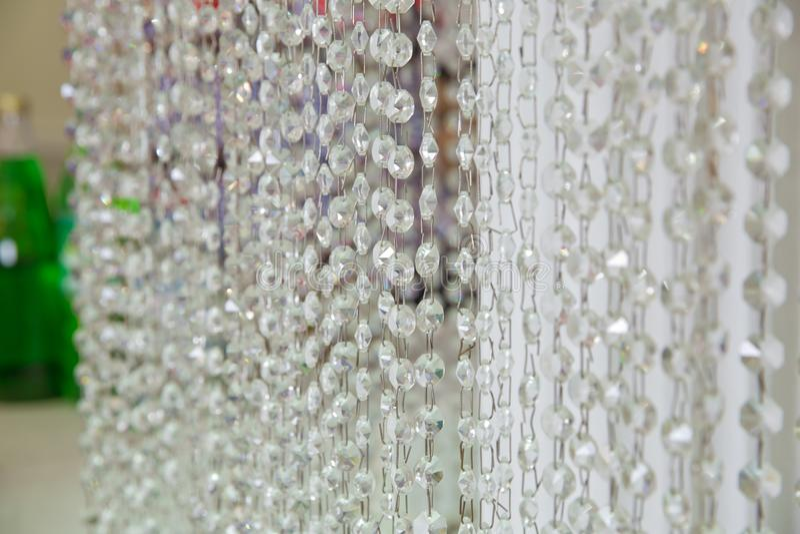 Ejecución cristalina del ornamento como parte de la decoración de la boda fotos de archivo