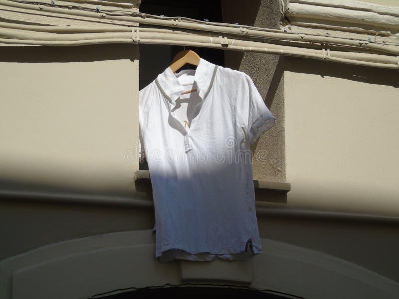 Ejecución de la camiseta imagen de archivo libre de regalías