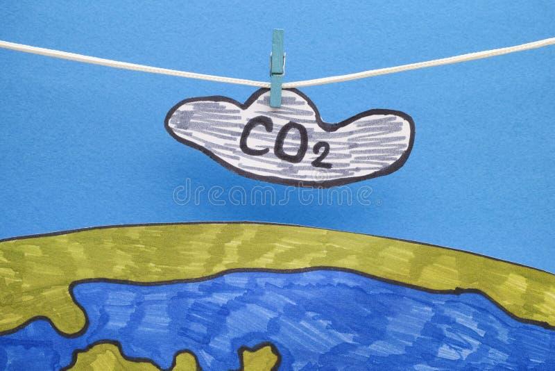 Ejecución de la nube del dióxido de carbono sobre la tierra imagen de archivo libre de regalías