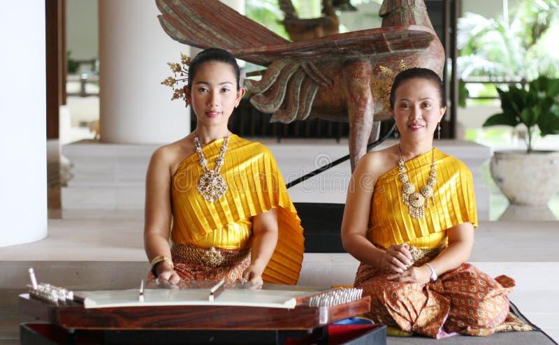 Ejecutantes tailandeses imagen de archivo