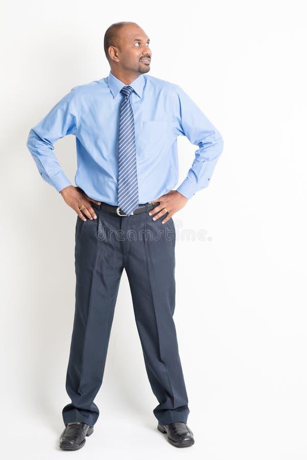 Ejecutivo indio maduro del hombre del cuerpo completo foto de archivo libre de regalías