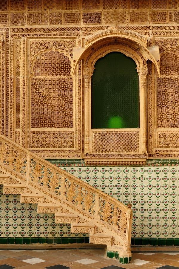 Ejemplo de la arquitectura india rico adornada imagen de archivo libre de regalías