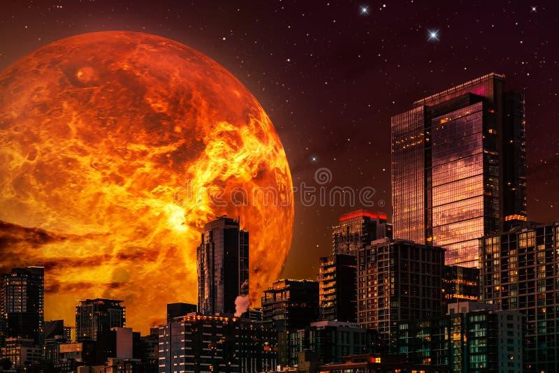 Ejemplo del paisaje urbano de la ciencia ficción Horizonte en la noche con el planeta o el sol gigante en el fondo y un cielo est ilustración del vector