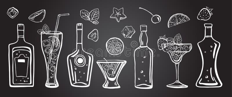 Ejemplo exhausto de la mano del esquema del vector con las diversos botellas del alcohol, cócteles, frutas y hojas de menta en la ilustración del vector
