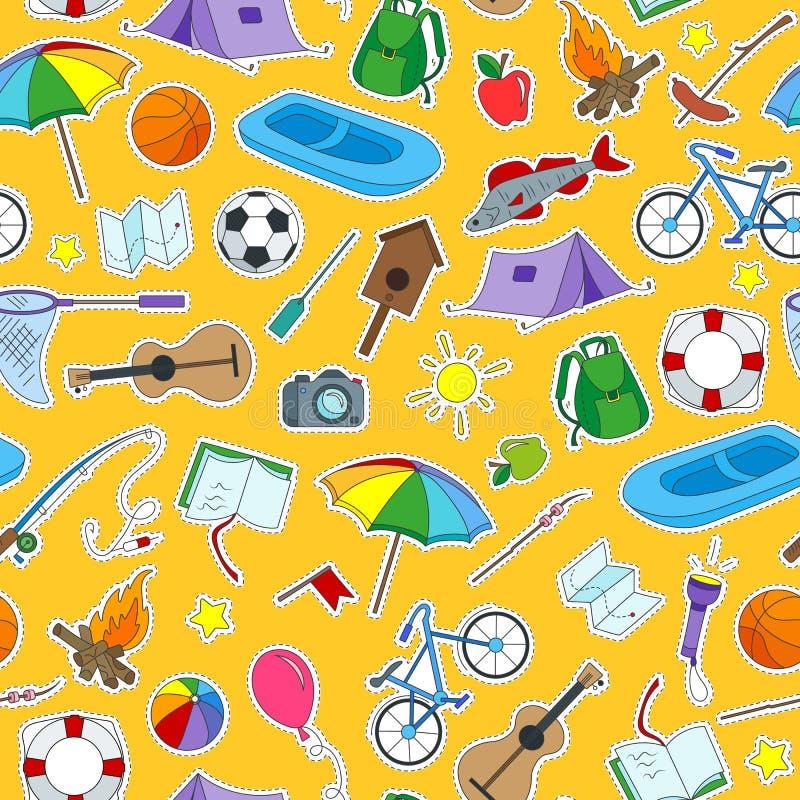Ejemplo inconsútil en el tema de los remiendos de los iconos del campamento de verano y de las vacaciones en un fondo anaranjado ilustración del vector