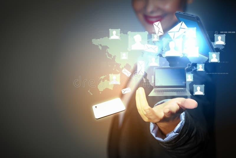 Dispositivo del ordenador de la pantalla táctil fotos de archivo