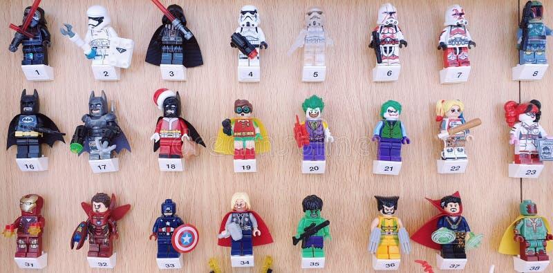 Ejemplos de los caracteres famosos de la película en Lego fotografía de archivo libre de regalías