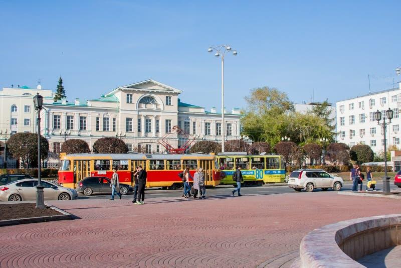 Ekaterinburg Ryssland - September 24,2016: Kollektivtrafik - en t fotografering för bildbyråer
