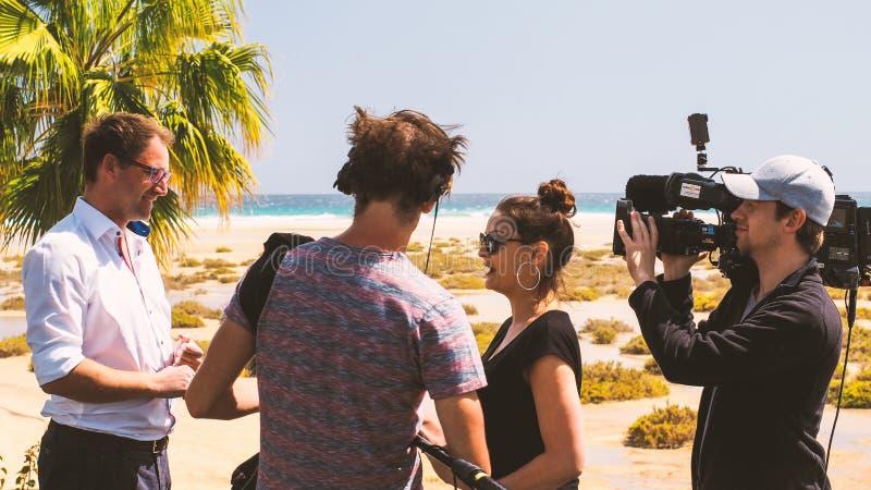 ekipa telewizyjna na secie zdjęcie royalty free