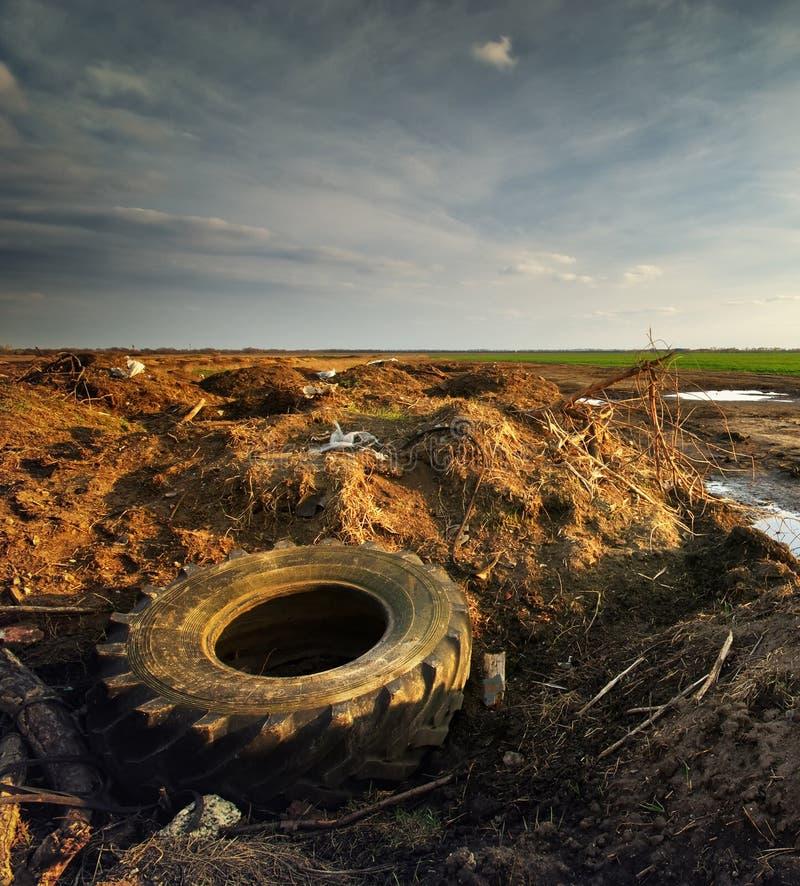 Download Ekologia problem obraz stock. Obraz złożonej z śmieci - 57657899