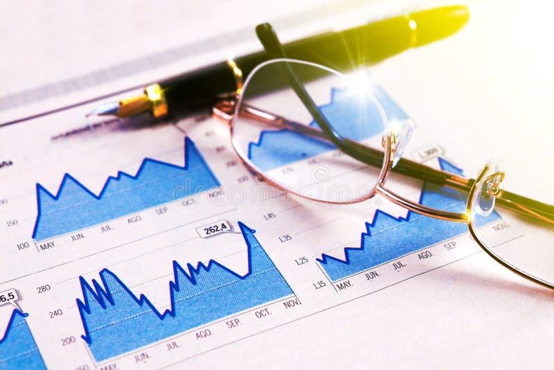Ekonomi och finansiell bakgrund arkivfoto
