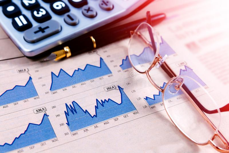 Ekonomi och finansiell bakgrund royaltyfri bild