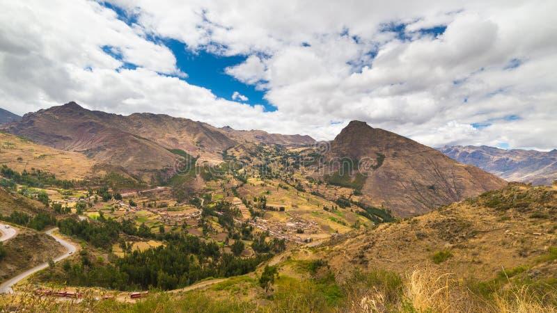 Ekspansywny widok Święta dolina, Peru od Pisac obrazy stock