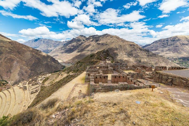 Ekspansywny widok Święta dolina, Peru od Pisac obraz royalty free