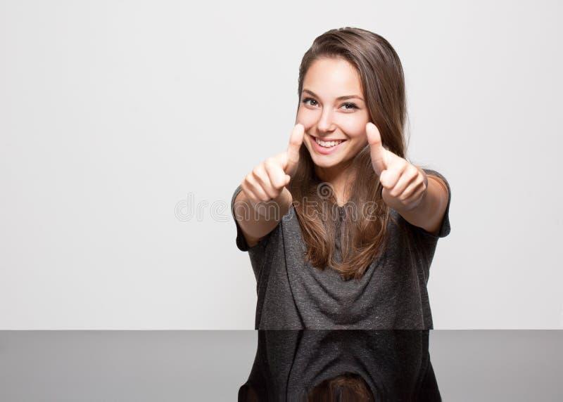 Ekspresyjny brunetki piękno. obraz stock